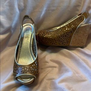 Kenneth Cole Reaction wedge size 7